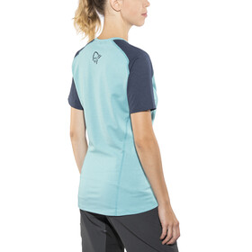 Norrøna Fjørå Equaliser Lightweight T-Shirt Women Indigo Night/Trick Blue
